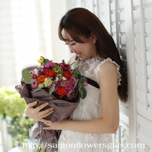 Sending flowers online to Saigon